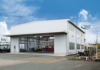 本社構内のサービス工場